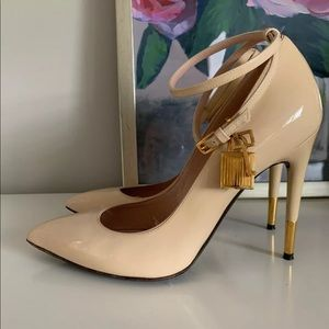 Tom Ford Patent Nude Padlock Pump Sz 40